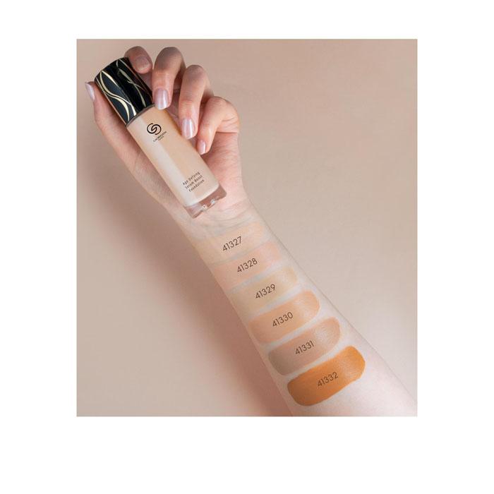 Продукт Oriflame Антивозрастная тональная основа с пребиотической сывороткой Giordani Gold  - Ванильный (Холодный) - код 41327